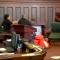 شقيقان يهاجمان قاتل أمهما في المحكمة