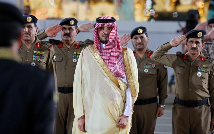 بالفيديو... مفاجأة غير متوقعة إلى رجل الأمن السعودي صاحب مقطع