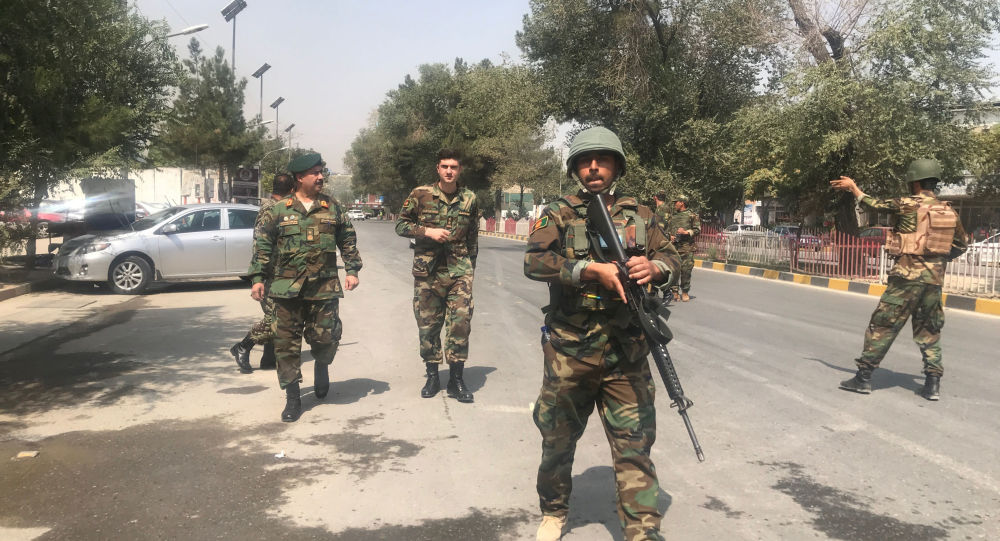 قوات أفغانية بالقرب من مكان تفجير في وسط العاصمة كابول، 5 سبتمبر/أيلول 2019