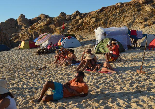 التخييم في تونس