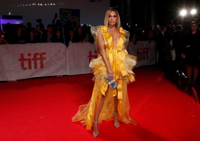 المطربة الأمريكية جينيفر لوبيز في العرض الأول لفيلم Hustlers في مهرجان تورونتو السينمائي، 7 سبتمبر/أيلول 2019