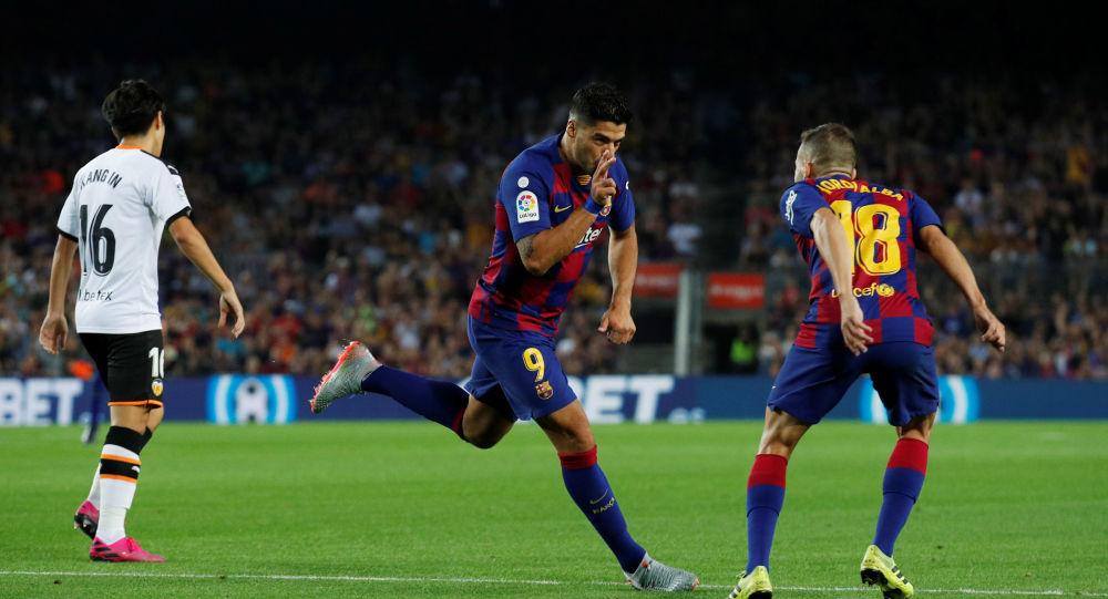 برشلونة وفالنسيا في الدوري الإسباني