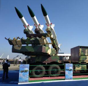 صواريخ أرض جو مصممة على غرار صواريخ سام 6 الروسية