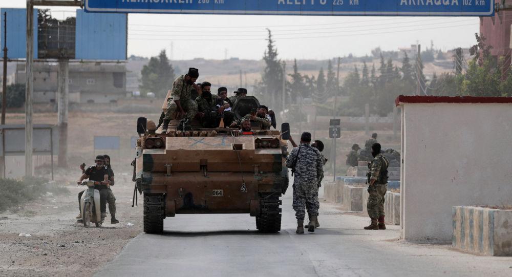 سيناتور أمريكي يكشف عن مشروع قرار جديد لفرض عقوبات على تركيا