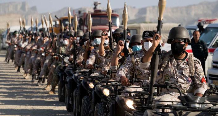 """رئيس الأركان الإيراني يهدد بـ""""رد سريع ومدمر"""" يفوق تصورات الأعداء لا سيما أمريكا"""
