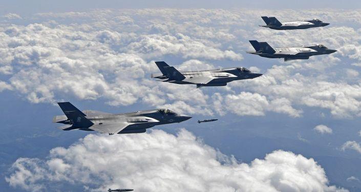 """إعلام: الجيش المغربي يسعى لشراء طائرة """"إف-35"""" من أمريكا"""