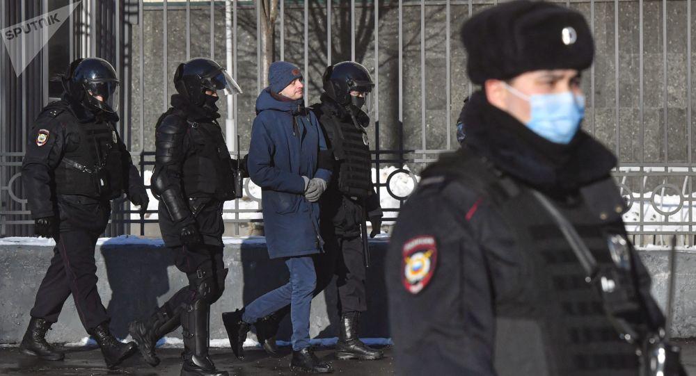 الرئيس الشيشاني يتحدث عن الغاية من استخدام نافالني للقرآن داخل سجنه