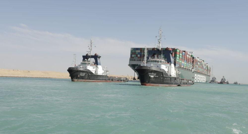 """محكمة مصرية تحدد مبلغ التعويضات الواجب سداده من قبل سفينة """"إيفر غيفين"""""""