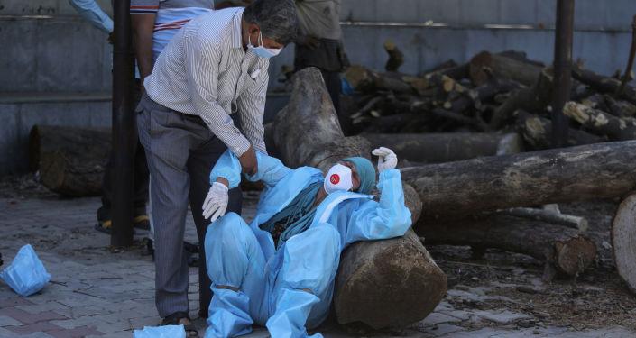 مصر ترسل 30 طنا من المساعدات إلى الهند