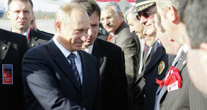 وصول بوتين إلى مدينة سامسون التركية