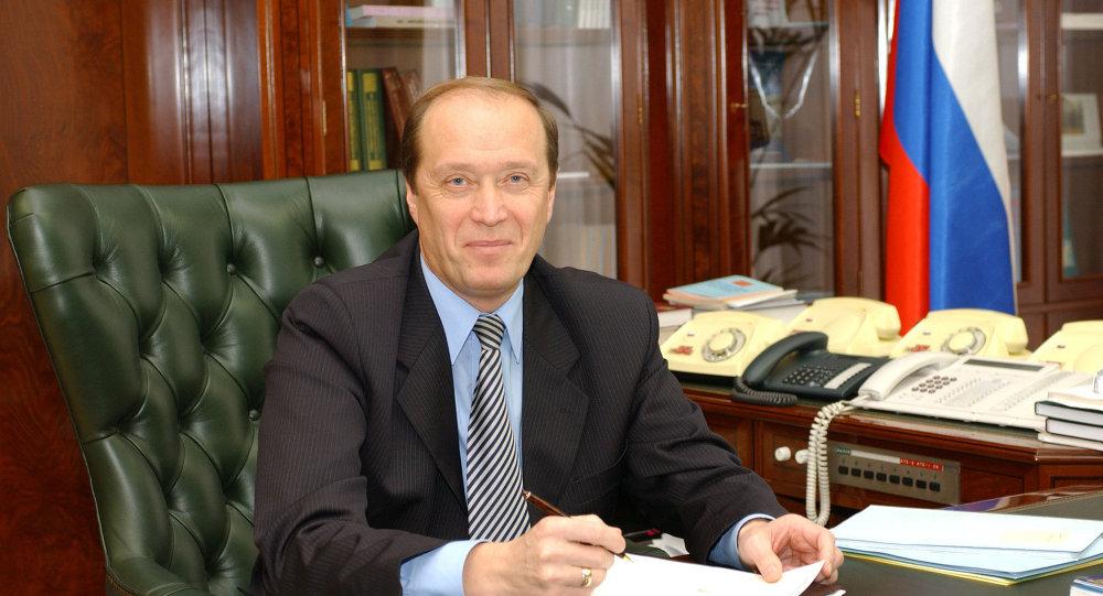 السفير الروسي في لاتفيا ألكسندر فيشنياكوف