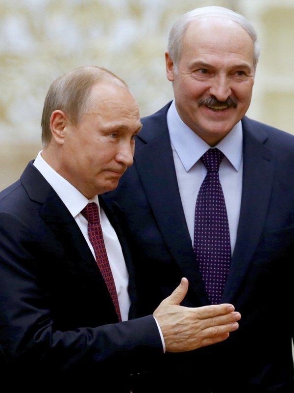 فلاديمير بوتين وأليكساندر لوكاشينكو