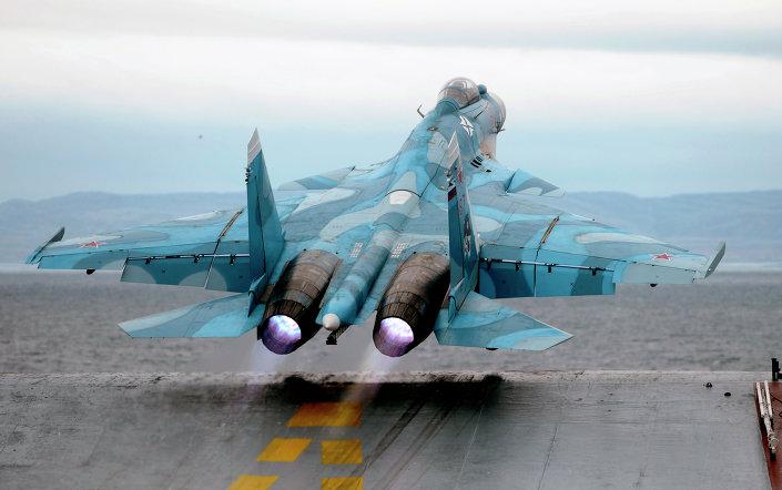 إقلاع طائرة من طراد الأدميرال كوزنيتسوف