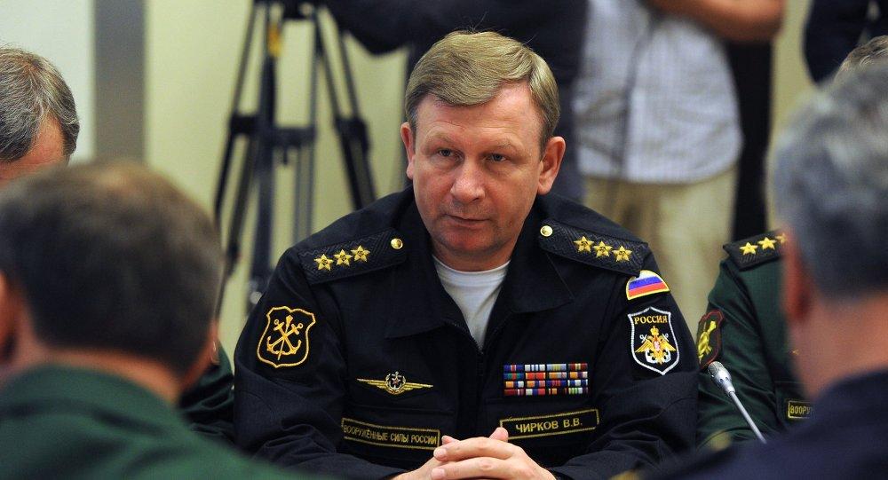 القائد العام للأسطول البحري الحربي الروسي الأميرال فيكتور تشيركوف