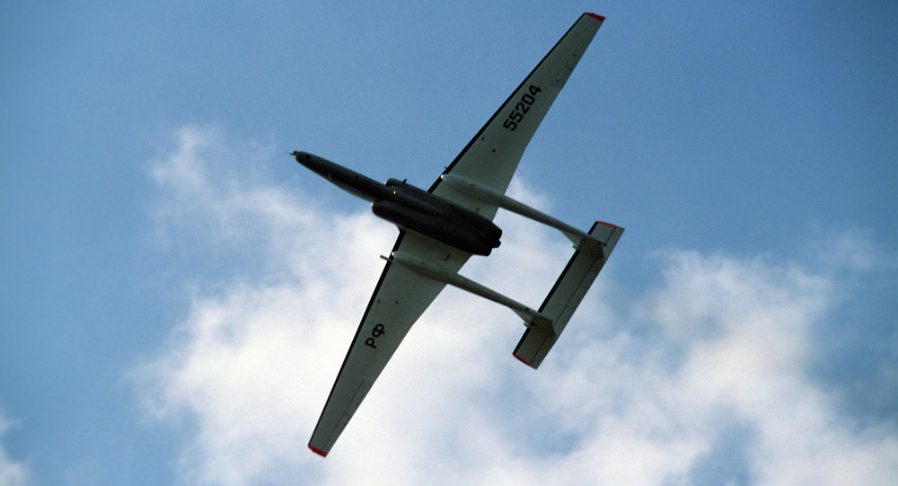 طائرة إم-55