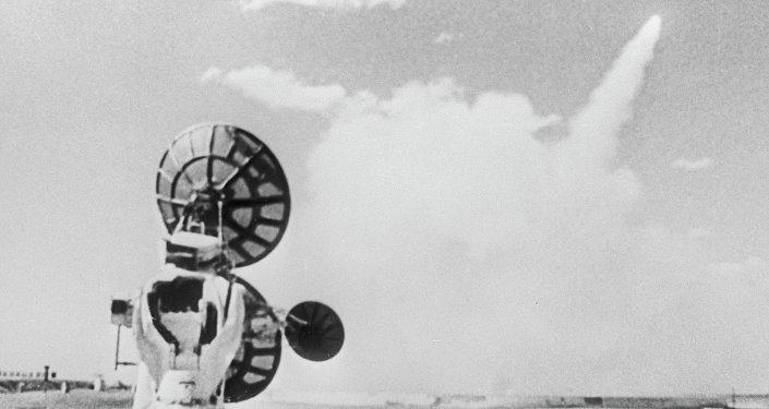 إطلاق صاروخ مضاد للصواريخ