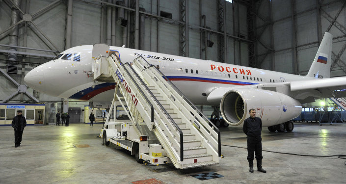 طائرة خاصة برجال الدولة وكبار رجال الأعمال تو-204-300