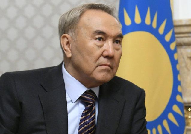 الر ئيس الكازاخستاني نور سلطان نزاربايف