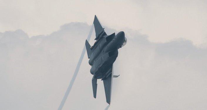 طائرة اف 15