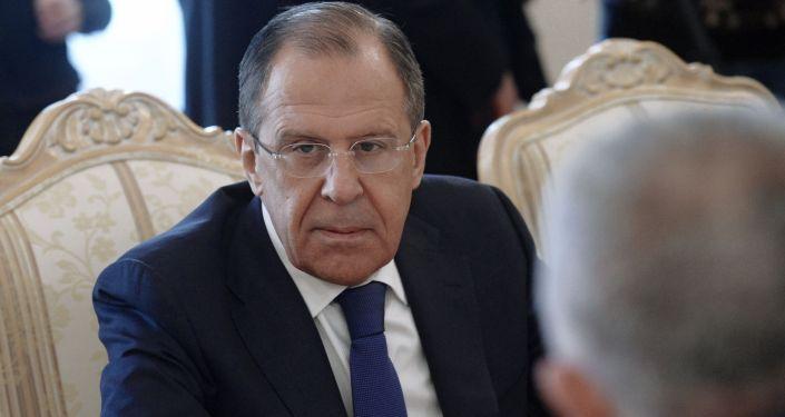 وزير  الخارجية الروسي سيرغي لافروف يلتقي نظيره الأرميني ادوارد نالبانديان في موسكو