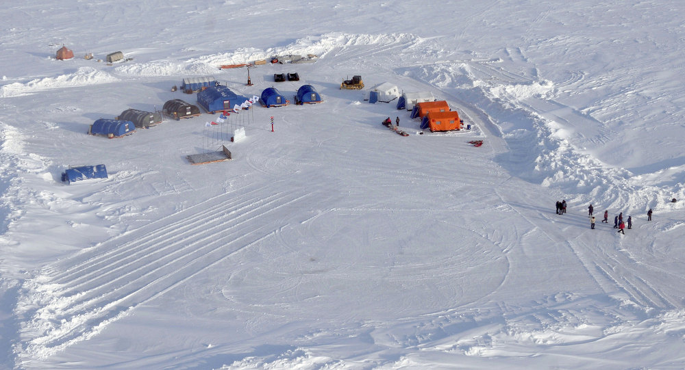 افتتاح محطة القطب الشمالي 2015 العلمية العائمة