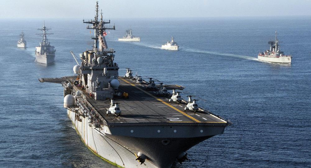 US Navy Ships in Indian Ocean