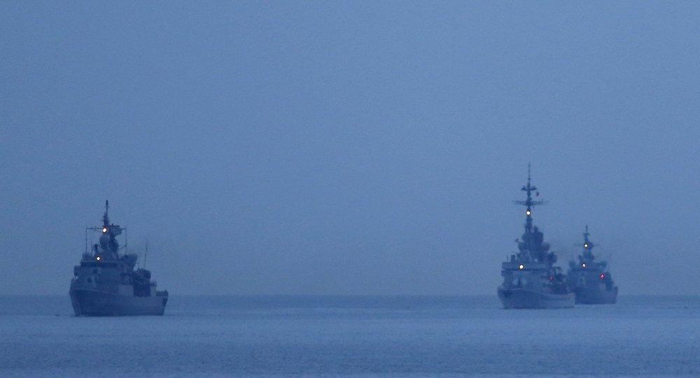 أسطول سفن