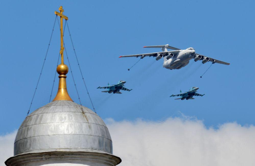تحضير القوات الجوية الروسية للعرض العسكري بمناسبة عيد النصر