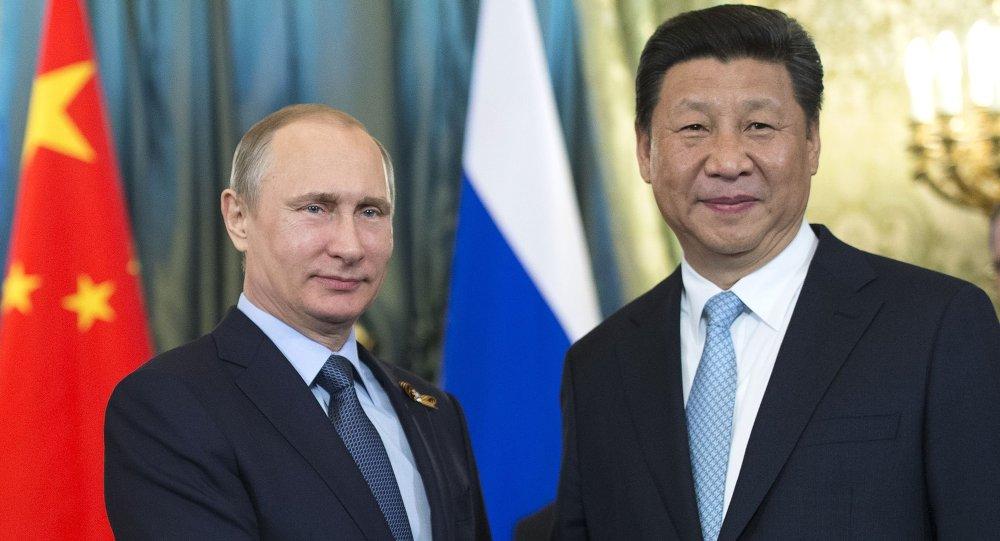 لقاء الرئيسين الروسي والصيني في موسكو