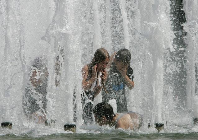 موجة حر تجتاح مينسك