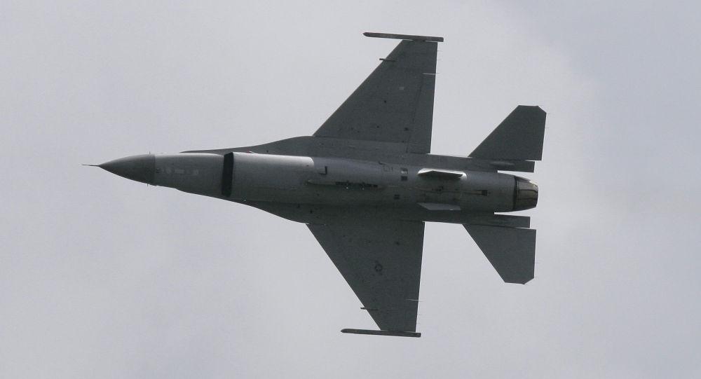 إف- 16