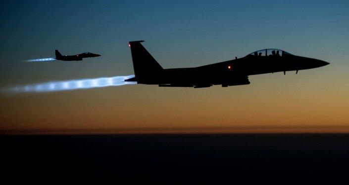 طائرات أمريكية تقصف سوريا