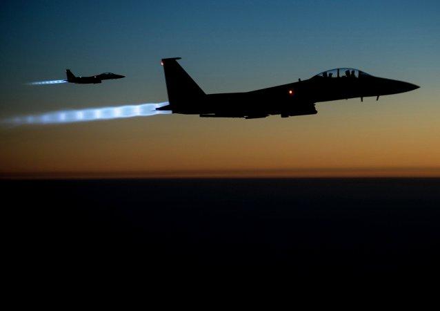 طائرات تقصف مواقع الإرهابيين في سوريا