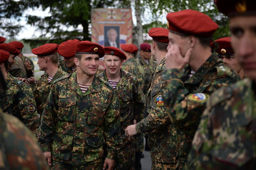 اختبارات القوات الخاصة من أجل الحق في ارتداء قبعة المارون في نوفوسيبيرسك