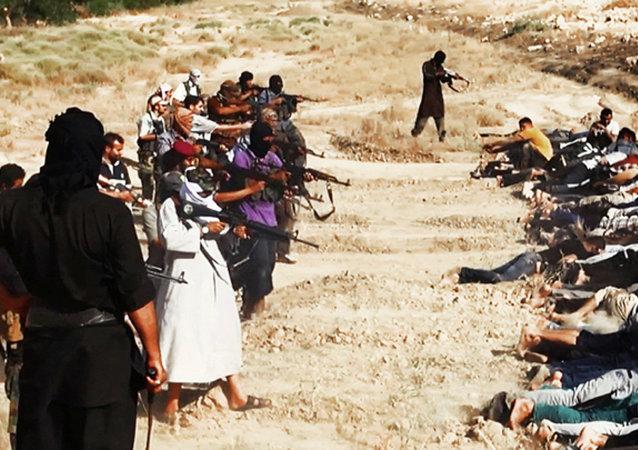 إعدامات جماعية من قبل داعش في العراق
