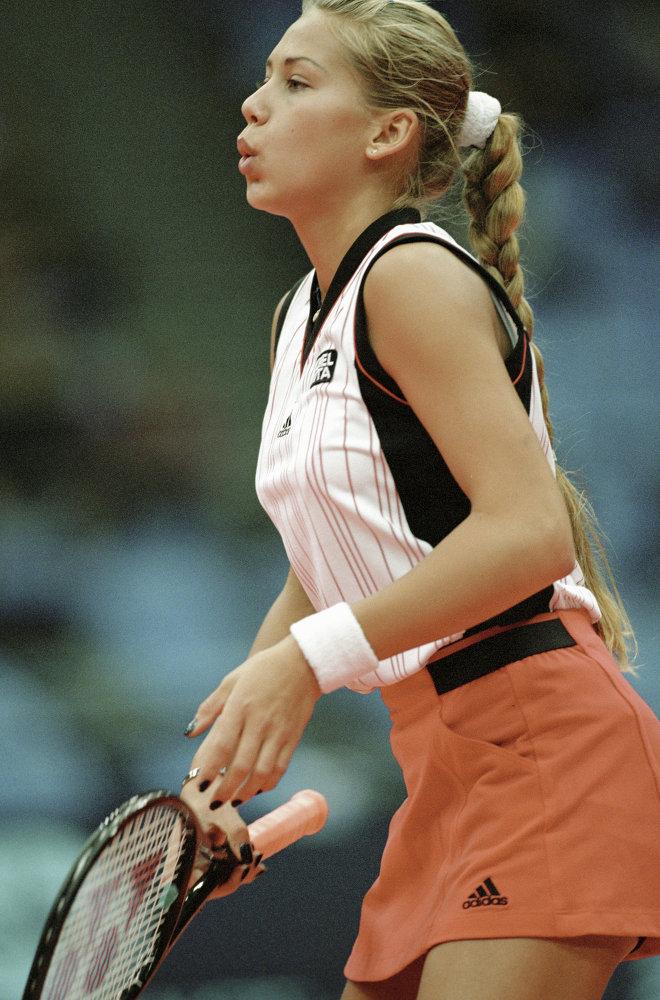 لاعبة كرة تنس الروسية آنا كورنيكوفا.