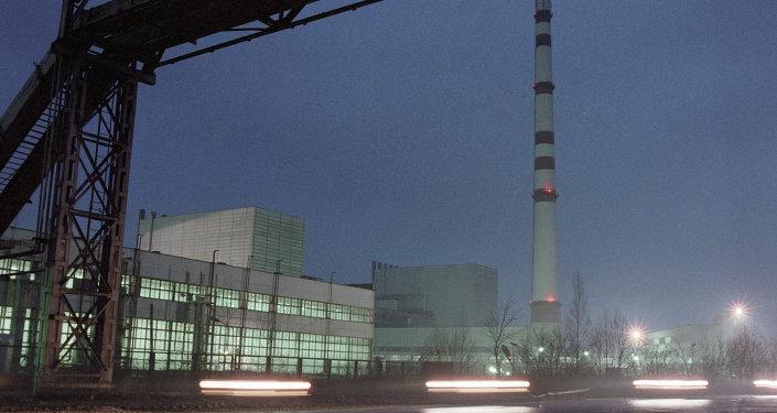 محطة لينينجراديسكايا: تقع في منطقة لينينغراد، على ساحل خليج فينيسكا، وتتكون من أربع وحدات، تم بناؤهم في عام 1973، 1975، 1979 و 1981.