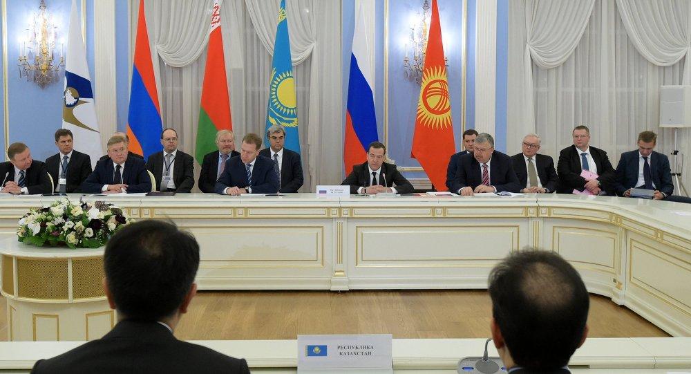 الاجتماع الأول لمجلس وزراء الاتحاد الاقتصادي الاوراسي