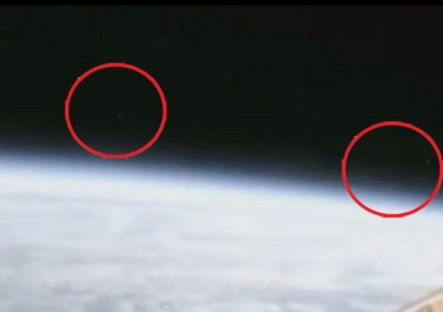 أجسام فضائية تغادر الأرض بسرعة رهيبة