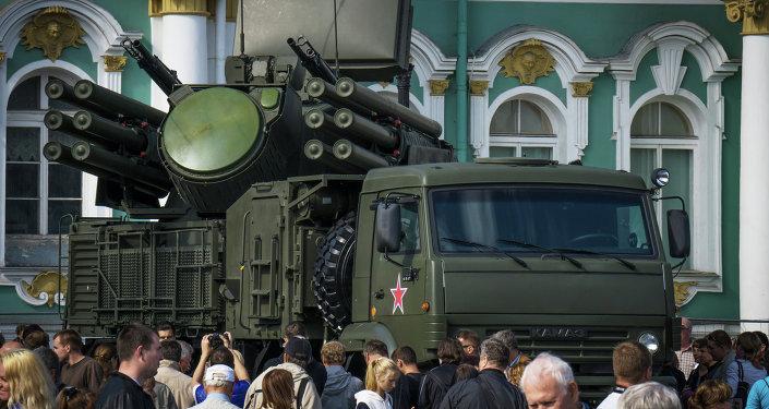 راجمة الصواريخ والقذائف المضادة للطائرات بانتسير-إم