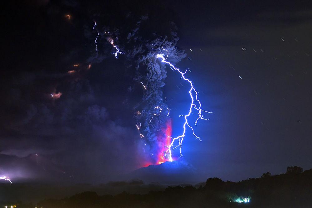 البرق البركاني فى تشيلي
