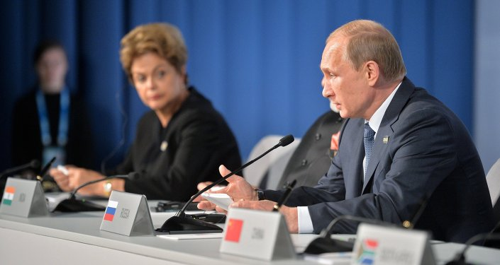 الرئيس الروسي والزعيمة البرازيلية يتحدثان للصحفيين حول نتائج قمة بريكس