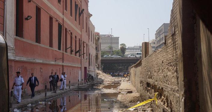 إنفجار فى محيط مبني القنصلية الإيطالية وسط القاهرة فى مصر