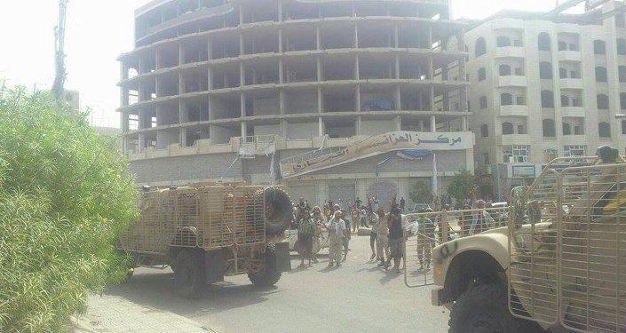 دخول القوات الموالية لهادي أحياء عدن