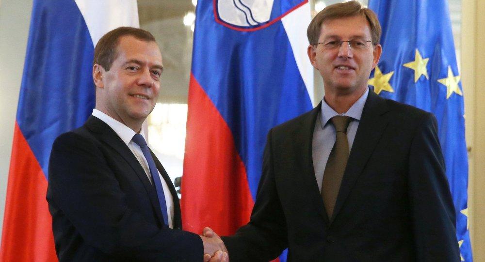 زيارة رئيس الحكومة الروسية دميتري ميدفيديف إلى سلوفينيا