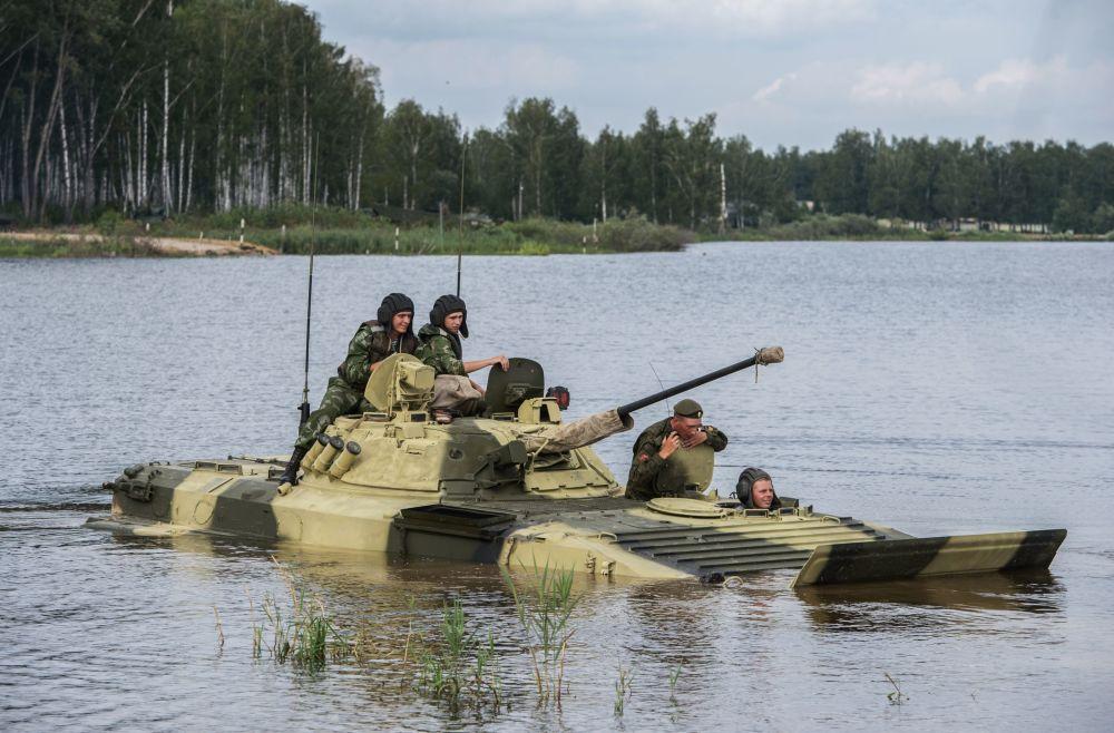 جنود من القوات المسلحة الروسية