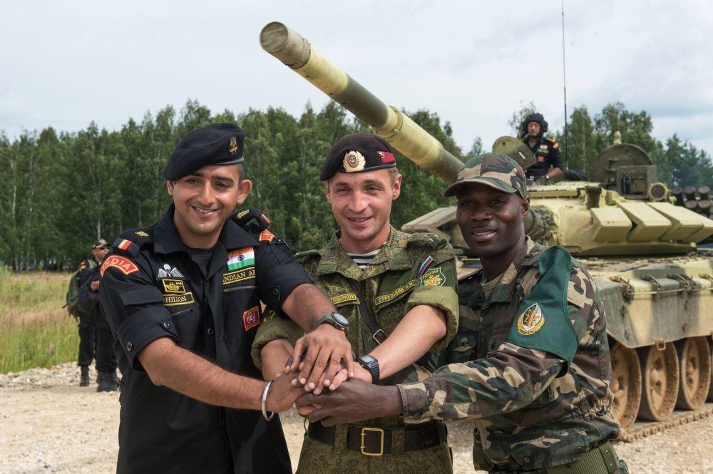 التدريب على الألعاب العسكرية الدولية – 2015، في منطقة ألابينا، ضواحي موسكو