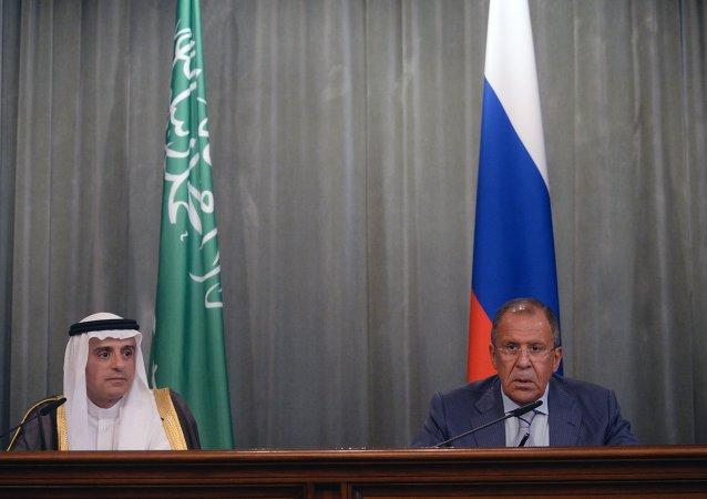لقاء وزيري الخارجية الروسي والسعودي لافروف والجبير