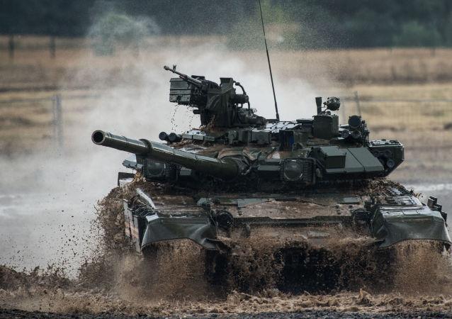 الدبابة ت- 90