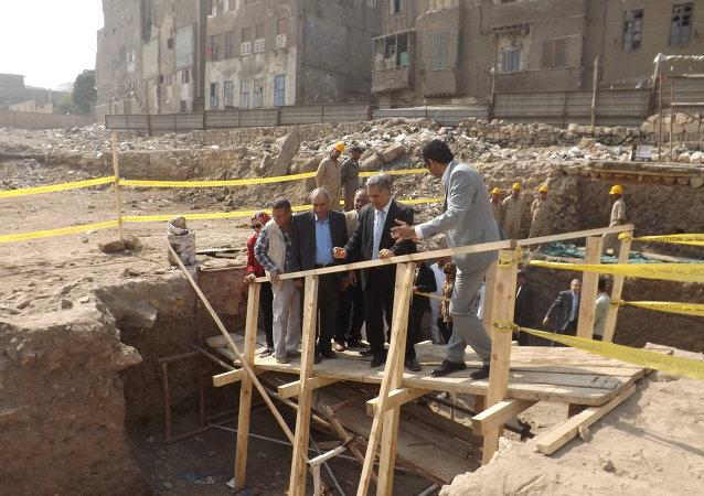 اكتشاف جزء من سور القاهرة